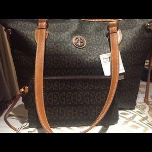 New Giani Bernini handbag set
